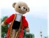 ตุ๊กตาหมีถักไหมพรมรับปริญญาพระจอม