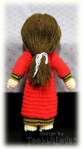 ตุ๊กตาถักไหมพรมรับปริญญาพระจอมเกล้าฯ (หญิง)