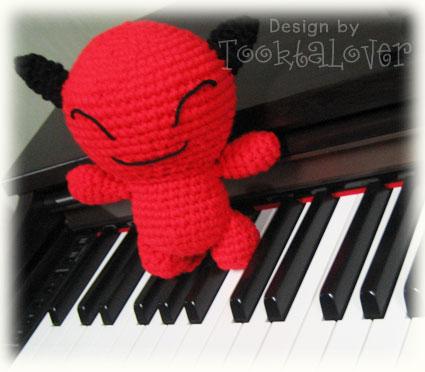 ตุ๊กตาถัก red devil