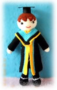 ตุ๊กตาถักไหมพรมชุดรับปริญญารามคำแหง
