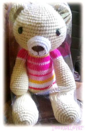 ตุ๊กตาหมีถักไหมพรม