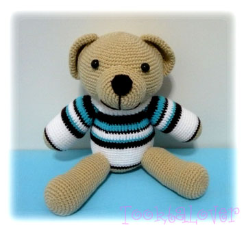 ตุ๊กตาถักไหมพรม Roxy bear