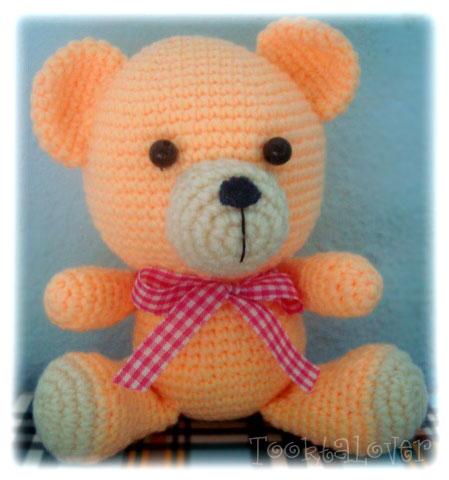 ตุ๊กตาหมีถักไหมพรมนั่ง